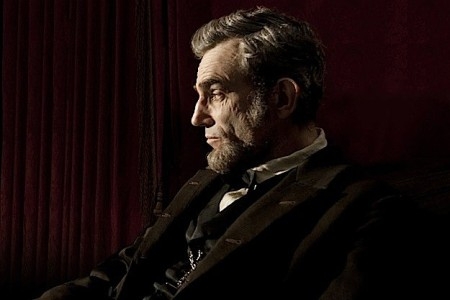 334664_daniel-day-lewis-lincoln-2012-movie-image_0